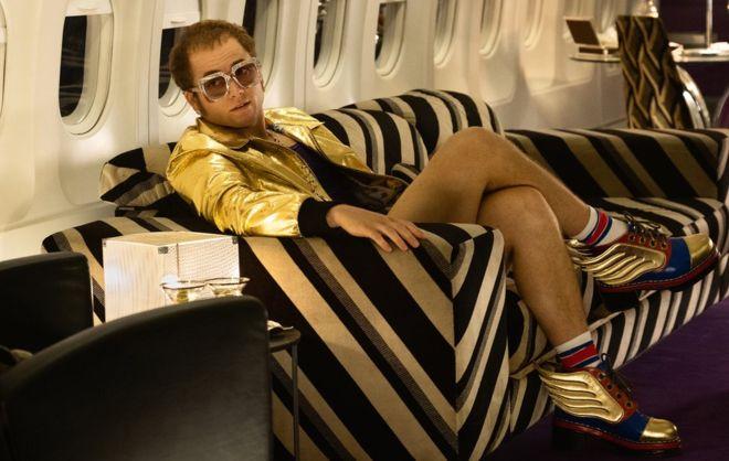 La película de Elton John Rocketman prohibida en Samoa por escenas gay