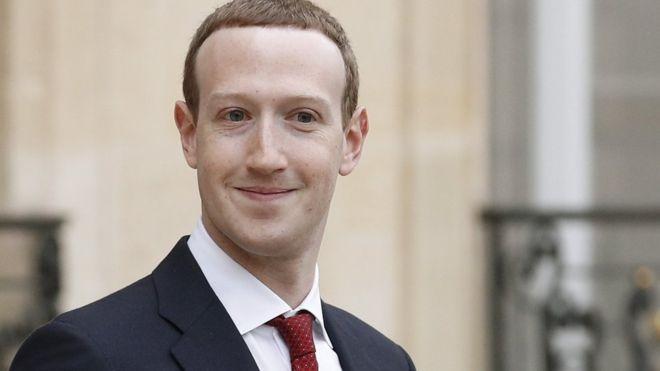 Mark Zuckerberg de Facebook 'sobrevive' al voto del liderazgo de la empresa